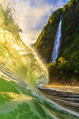 Liquid Love - Waipio Valley, Big Island, Hawaii by Nick Selway