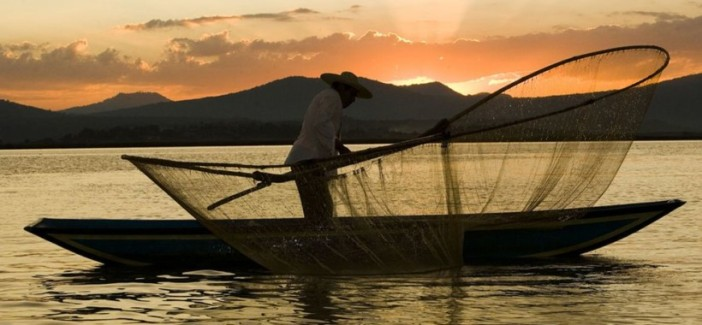 fisherman-mexico_3570_990x742-820x380